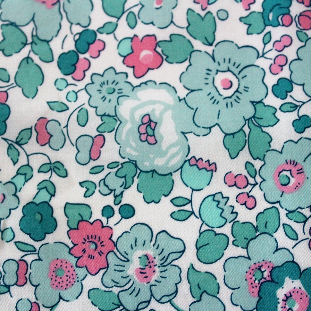 2019 tissus liberty fabrics fin vert rose Liberty Mitsi exclusif Mint