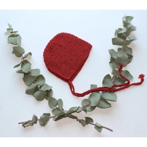 Béguin tricoté main coloris Griotte 0/3 mois