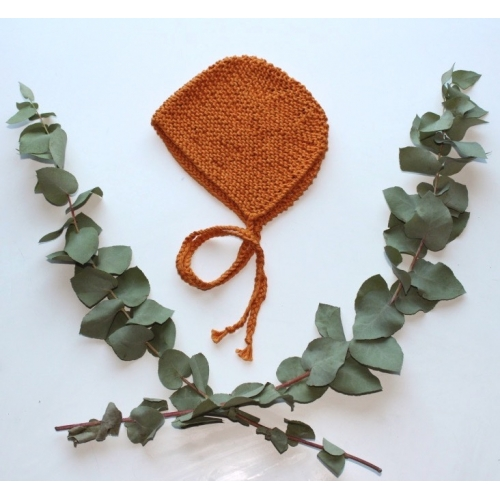 Béguin tricoté main coloris Potiron 0/3 mois