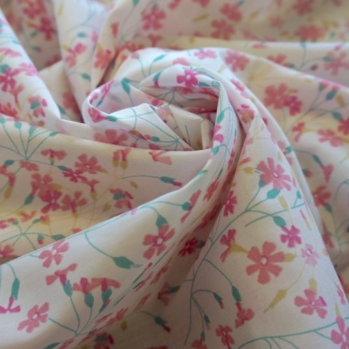 Tissu liberty fabrics tana lawn coton batiste fine Liberty Suria petites fleurs rose / vert menthe